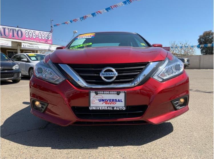2017 Nissan Altima 2.5 SV (2017.5) Sedan 4D