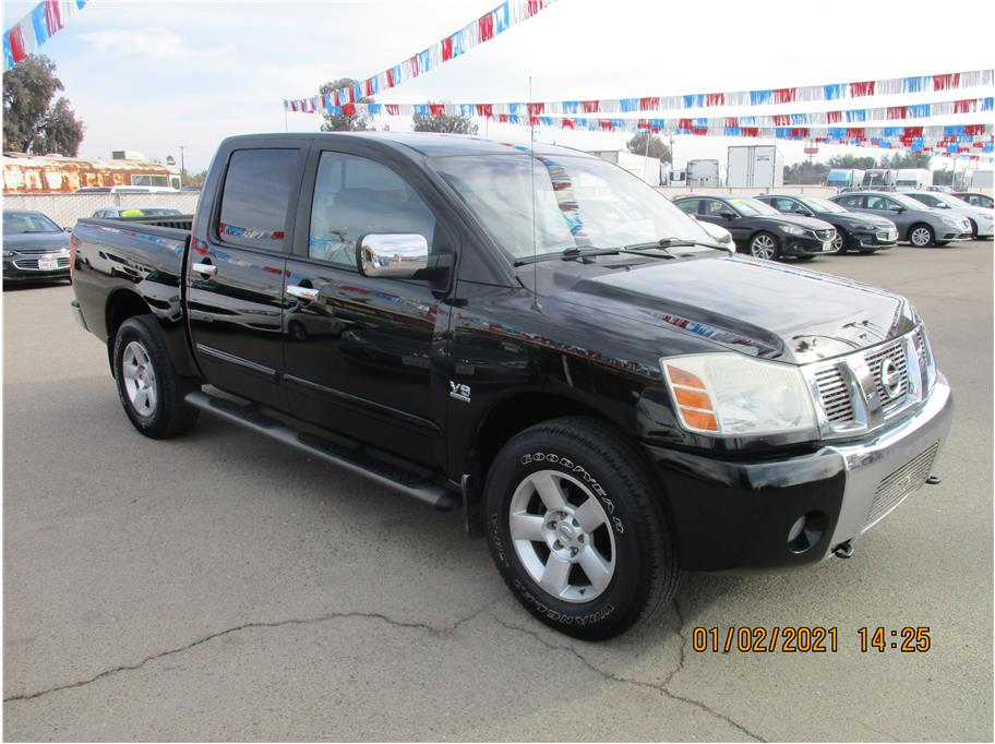 Used 2004 Nissan Titan Crew Cab SE Pickup 4D 5 1/2 ft in Selma, CA