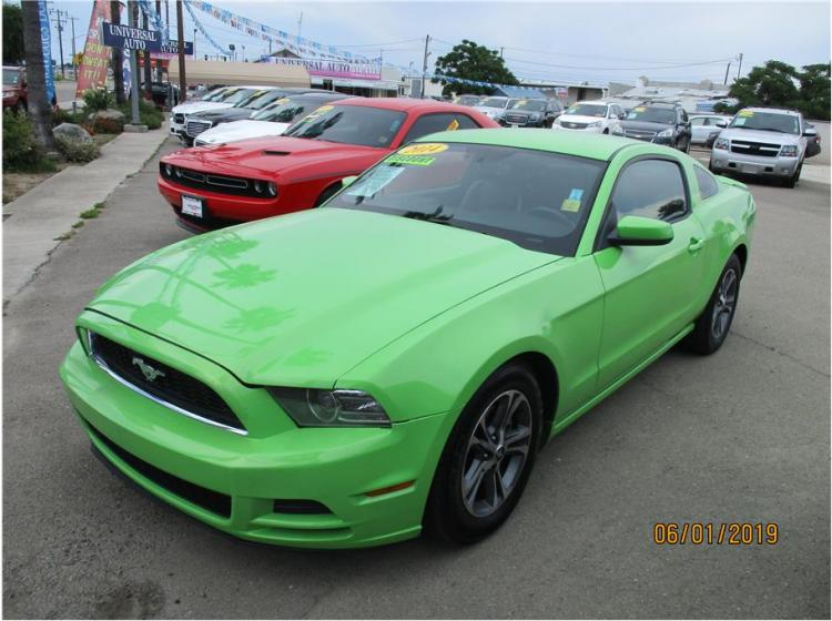 2014 Ford Mustang V6 Premium Coupe 2D