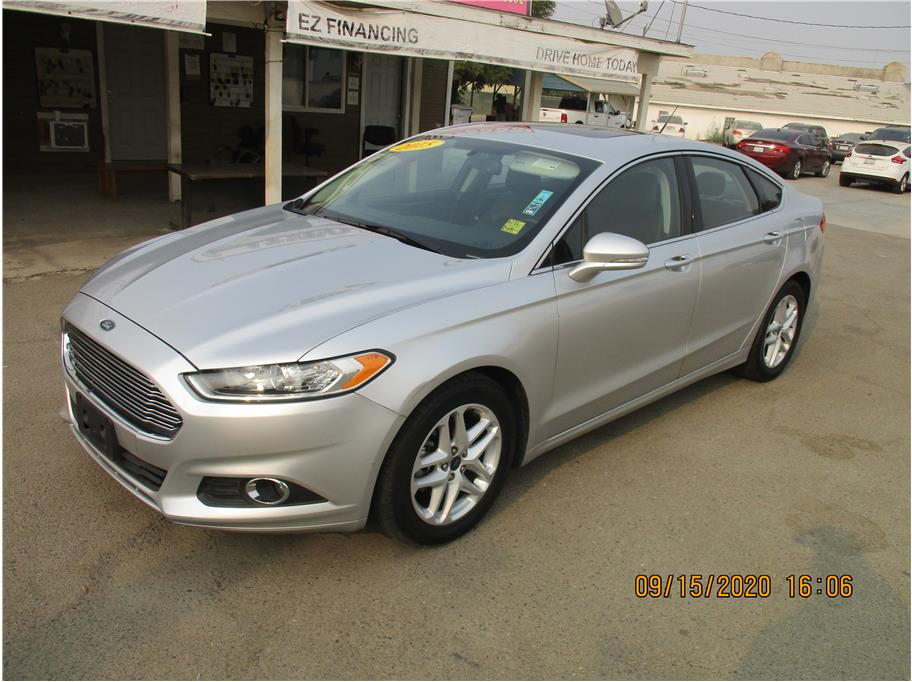 Used 2015 Ford Fusion SE Sedan 4D in Selma, CA