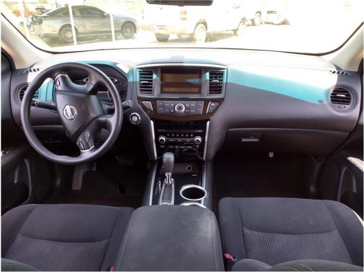 2016 Nissan Pathfinder S Sport Utility 4D