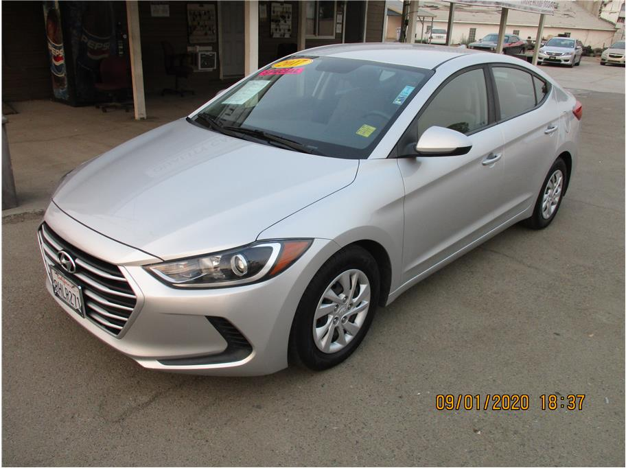 Used 2017 Hyundai Elantra SE Sedan 4D in Selma, CA