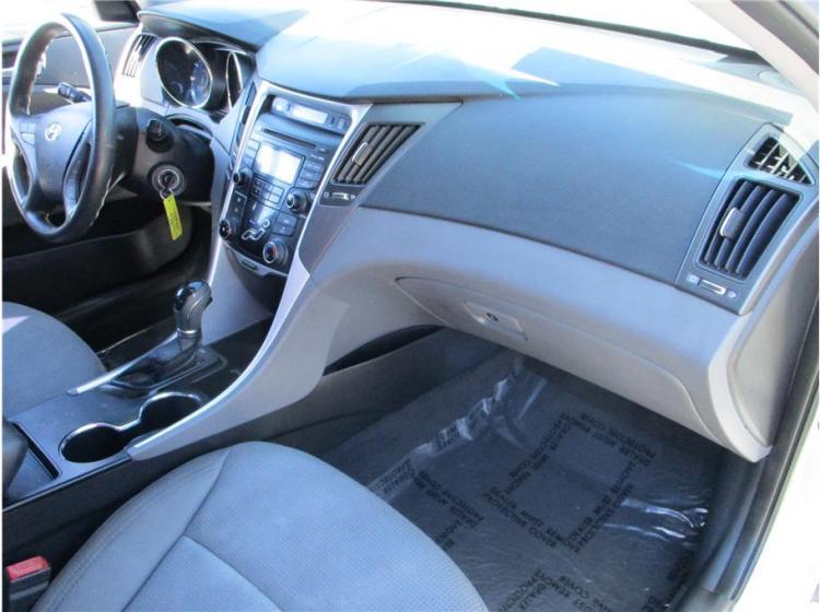 2013 Hyundai Sonata GLS Sedan 4D