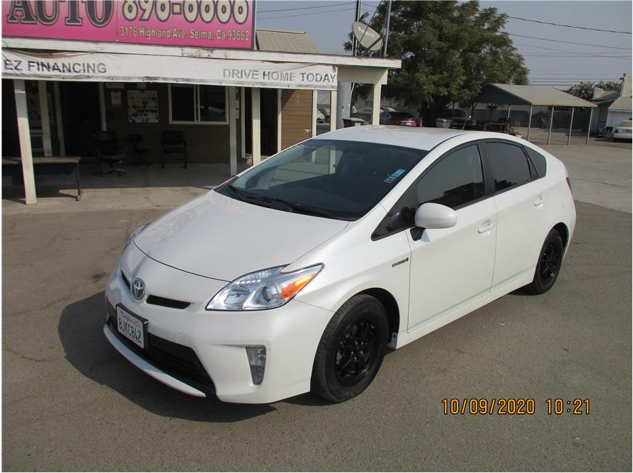 Used 2015 Toyota Prius Two Hatchback 4D in Selma, CA