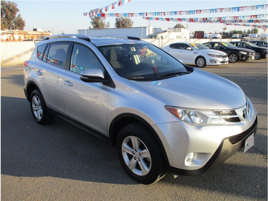 Used 2014 Toyota RAV4 XLE Sport Utility 4D in Selma, CA