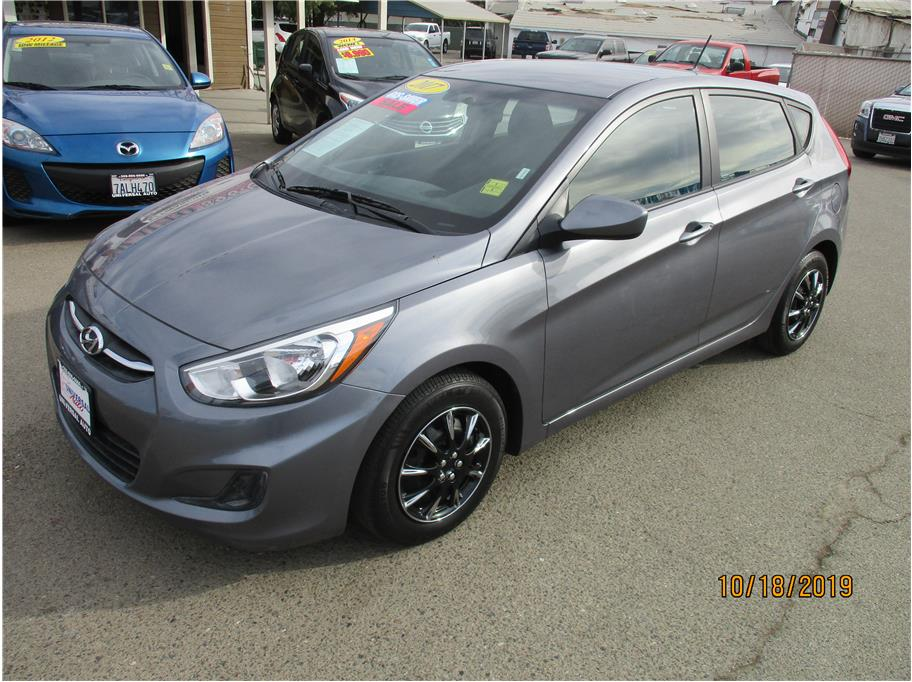 Used 2017 Hyundai Accent SE Hatchback 4D in Selma, CA