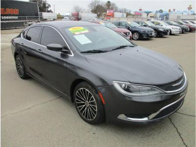2015 Chrysler 200 Limited Sedan 4D in Selma, CA