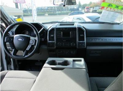 2019 Ford F250 Super Duty Crew Cab XLT Pickup 4D 6 3/4 ft in Selma, CA