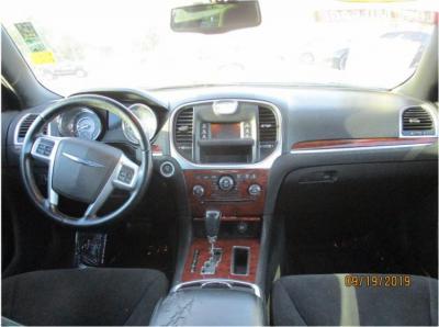 2012 Chrysler 300 300 Sedan 4D