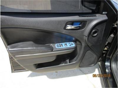 2014 Dodge Charger SXT Sedan 4D in Selma, CA