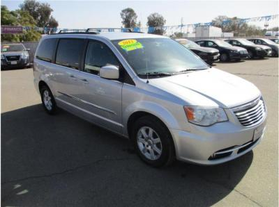 2012 Chrysler Town & Country Touring Minivan 4D in Selma, CA
