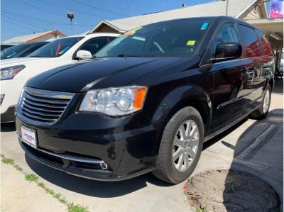 2015 Chrysler Town & Country Touring Minivan 4D in Selma, CA