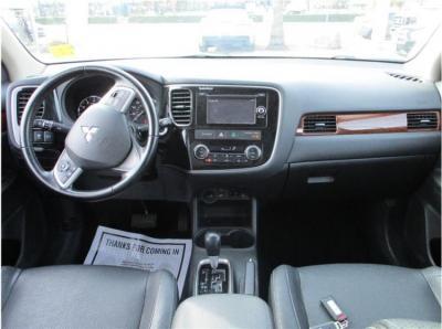 2015 Mitsubishi Outlander SE Sport Utility 4D in Selma, CA
