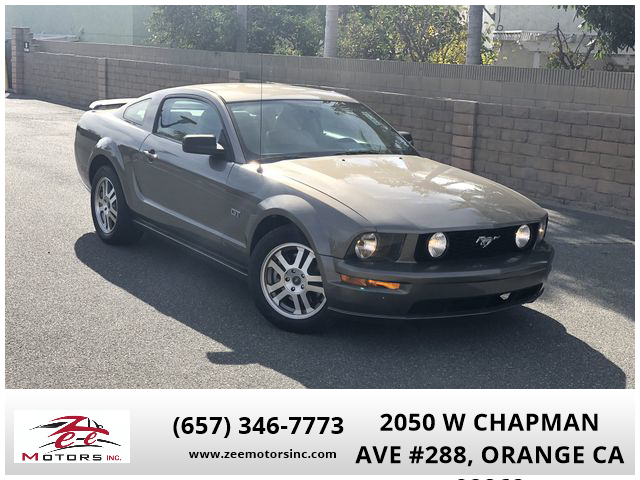2005 Ford Mustang GT Premium Coupe 2D