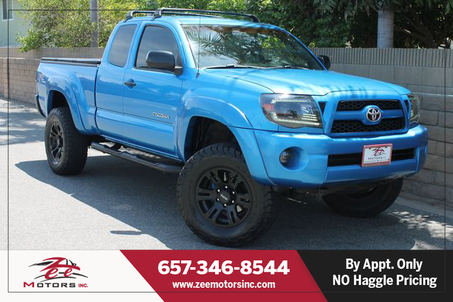 Used 2005 Toyota Tacoma Access Cab PreRunner Pickup 4D 6 ft in Orange, CA
