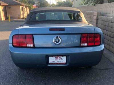 2007 Ford Mustang Deluxe Convertible 2D