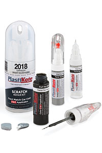 High-quality paint touch-up kit