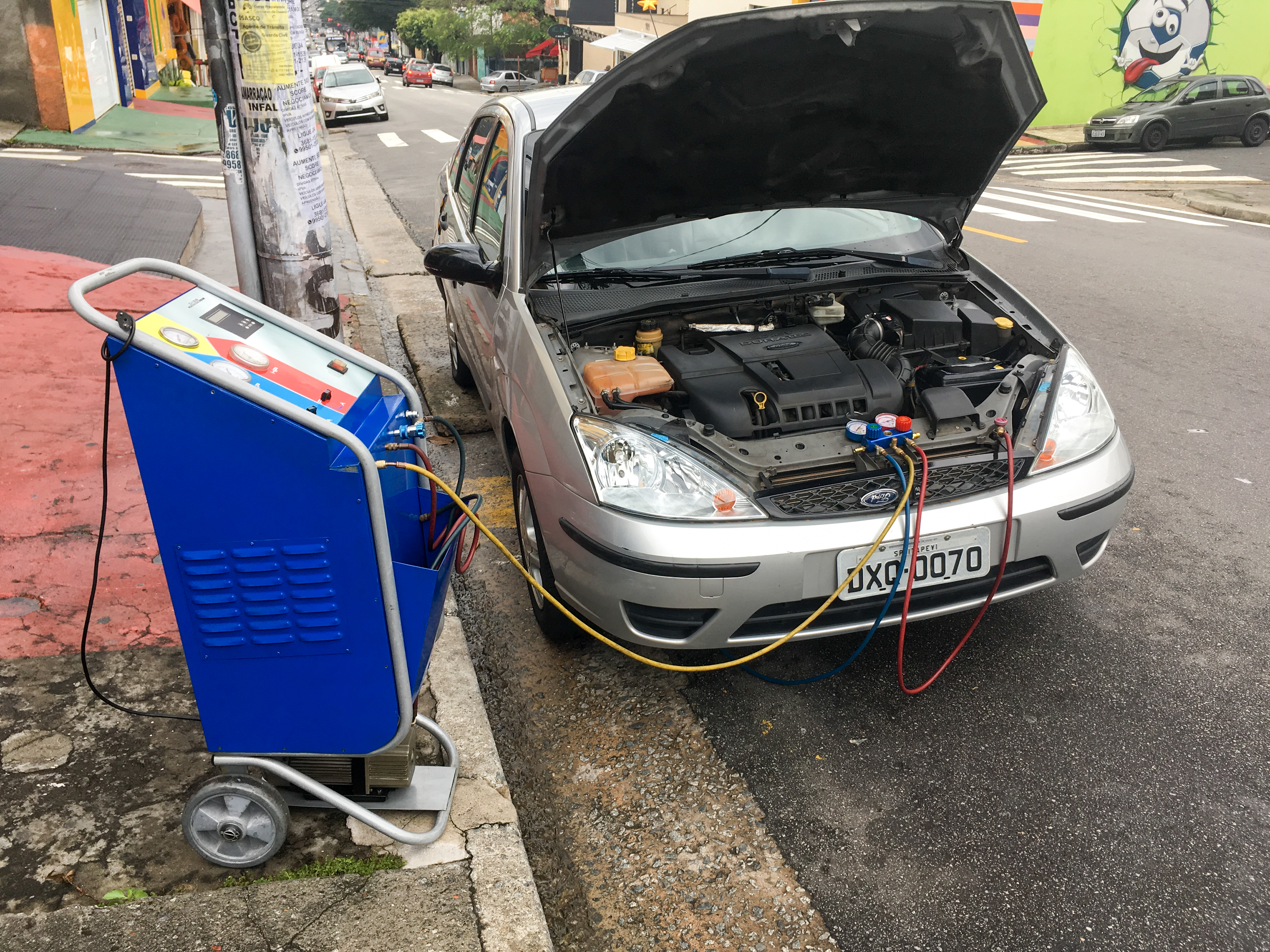Car AC regassing