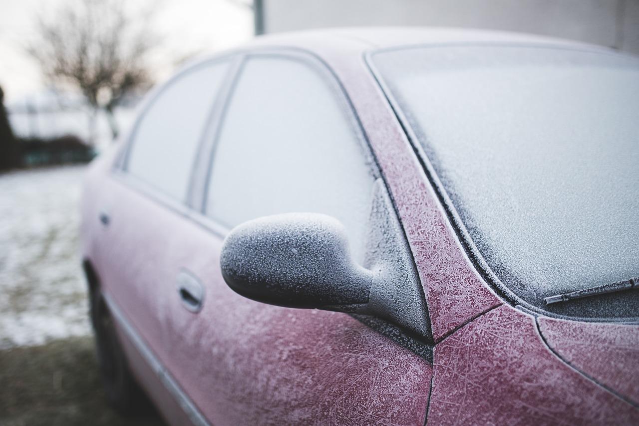8 ways to fix a frozen car door this winter